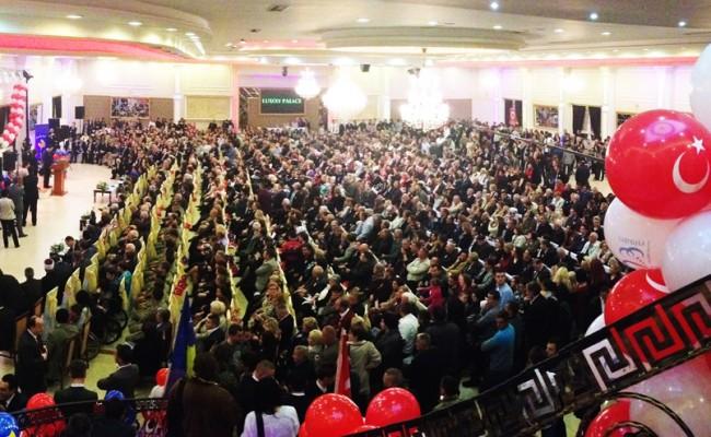 23 Nisan Merkezi Töreninde Kardeşlik ve <br /> Birlik Mesajları