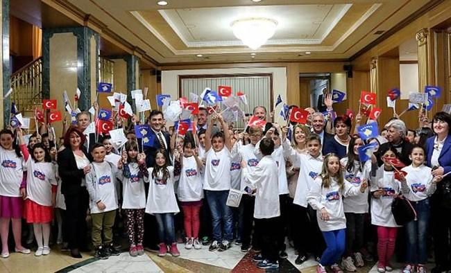 Türk Öğrenciler Meclis'te Ağırlandı