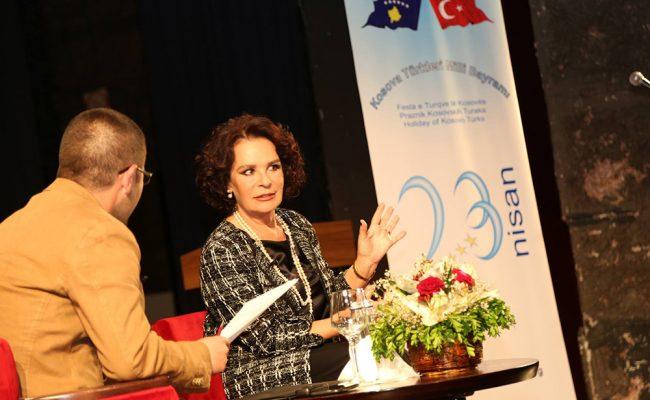 Hülya Koçyiğit ile Türk Sineması Üzerine Söyleşi Yoğun İlgi Gördü
